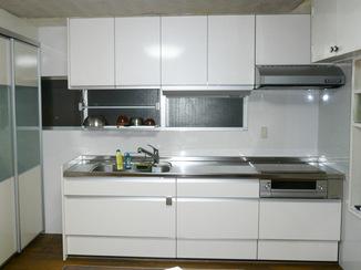 キッチンリフォーム 和室の賃貸アパートを人気の洋室に