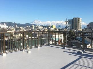 外壁・屋根リフォーム 屋上が富士山もキレイに見える絶景スポットに変身