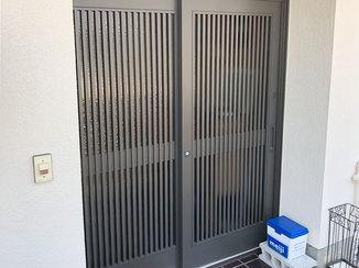 エクステリアリフォーム スムーズに開け閉めできるようになった玄関扉