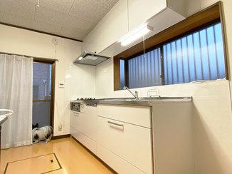 キッチンリフォーム ビルトイン食洗機に替えて作業スペースがスッキリし、使い勝手がよくなったキッチン